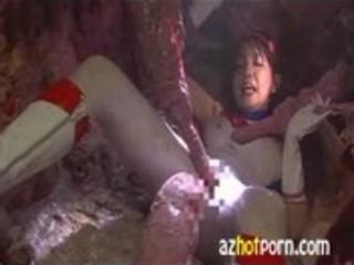 AzHotPorn.com - Heroine Tentacle Hell Digestion - Alien Puppet
