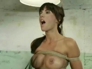 Glass wearing hentai schoolgirl sucks cock and begs for a cumshot